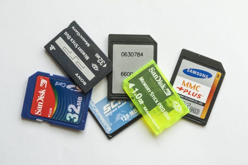 メモリーカードの画像